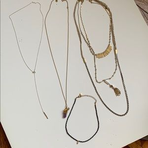 Assorted Necklace Lot: 4